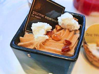 ウェスティンホテル東京デザートブッフェ 林檎のフランマロンのクリーム*