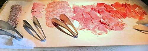 MIXXバー イタリアンランチブッフェ「シャルキュトリー類(ハムなどの加工肉)」