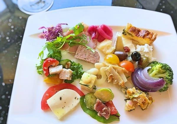 MIXXバー イタリアンランチブッフェ「冷菜系のお皿」