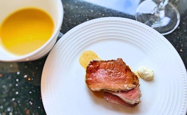 MIXXバー イタリアンランチブッフェ「スープとローストビーフ」