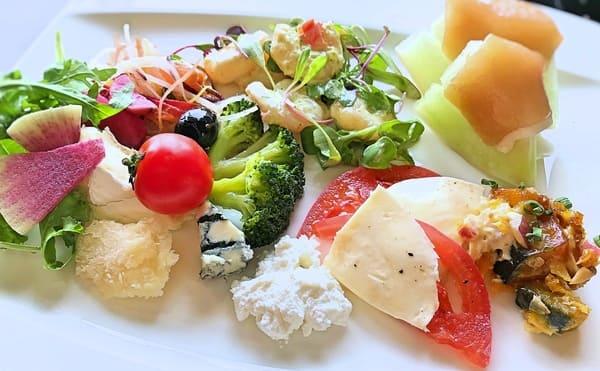 MIXXバー イタリアンランチブッフェ「おかわりのお皿」