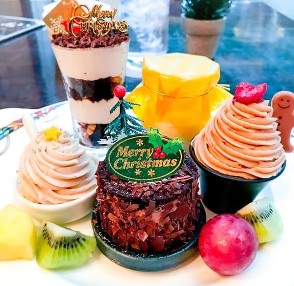 ザ・テラスデザートブッフェで食べたスイーツ「クリスマスティラミス*、マロンとオレンジのプリン*、マロンシャンティー、フォレノアールマロン*、モンブラン〜仏*」