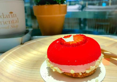 マンダリンオリエンタル東京のケーキ ストロベリー柚子