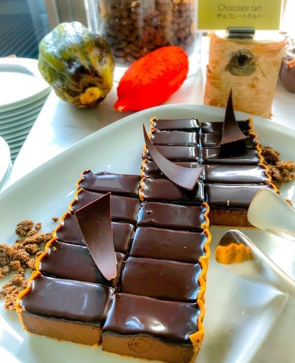 フレンチキッチンアフタヌーンティー チョコレートタルト|ブッフェ台