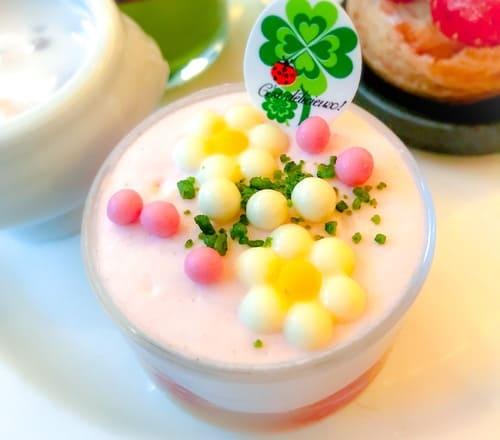 ザ・テラス ストロベリーデザートブッフェ 林檎と苺のタンバル