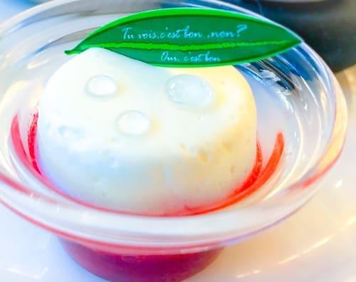 ザ・テラス ストロベリーデザートブッフェ 苺のマリネとクリームダンジュは美味しい