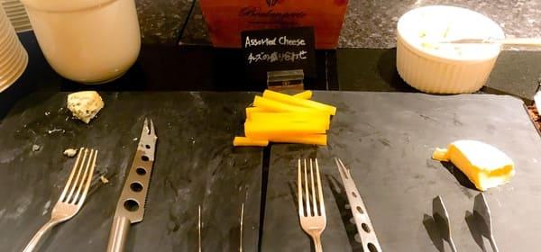 ウェスティンホテル東京 ザ・テラス ディナーブッフェのチーズコーナー