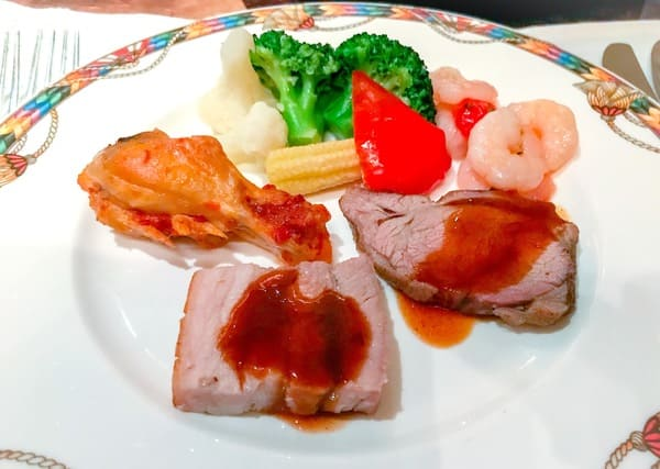 ザ・テラス ディナーブッフェの食べた温菜のお皿