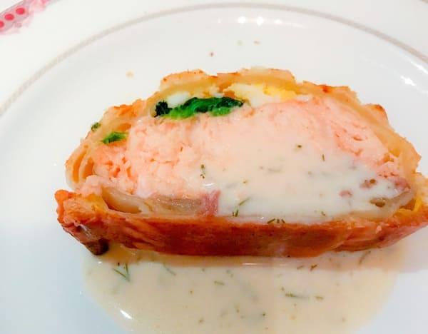 ウェスティンホテル東京 ザ・テラス ディナーブッフェのサーモンのパイ包みは最初だけでした