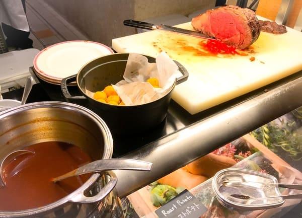 ウェスティンホテル東京 ザ・テラス ディナーブッフェのローストビーフ