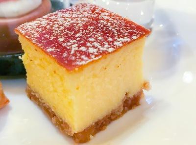 ザ・テラス アトリエコーナーのチーズケーキ