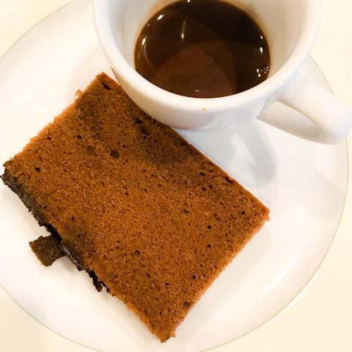 ミレフォリア 極カステラ(ショコラ)とチョコレートのポタージュ