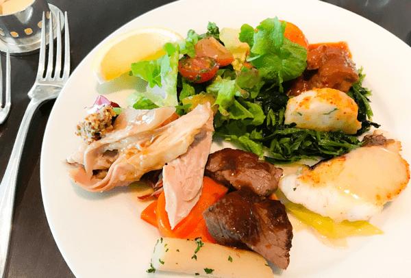 フレンチキッチン ランチブッフェで食べた温菜のお皿写真