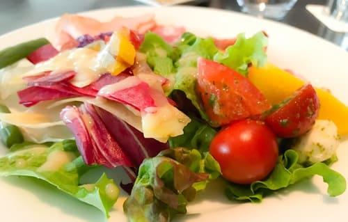 フレンチキッチン ランチブッフェのサラダは新鮮