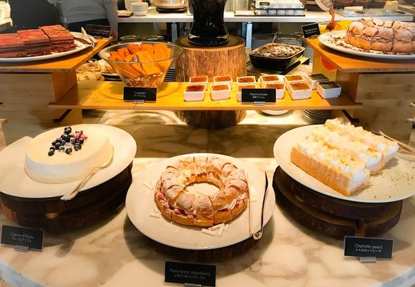 フレンチキッチン ランチブッフェ デザートブッフェ台の写真 ブログ