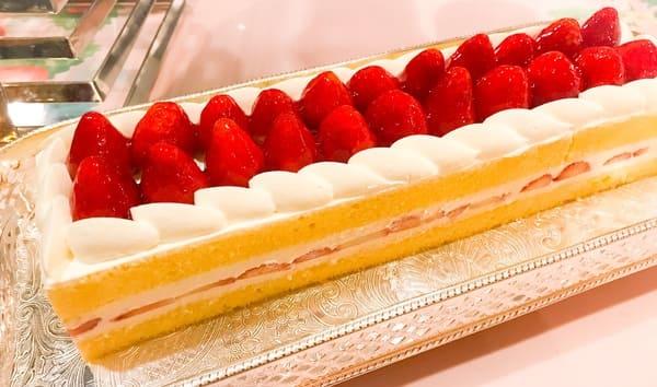 横浜ベイホテル東急 ソマーハウス いちごジャーニーのショートケーキ写真 ブログ