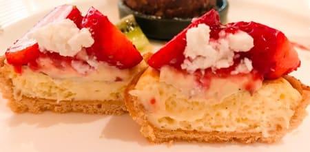 ザ・テラス デザートブッフェ 苺とリコッタチーズのタルト