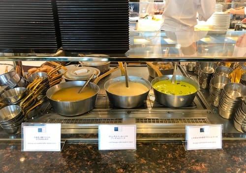 帝国ホテル東京 インペリアルバイキングサール 温かいココット料理は3種