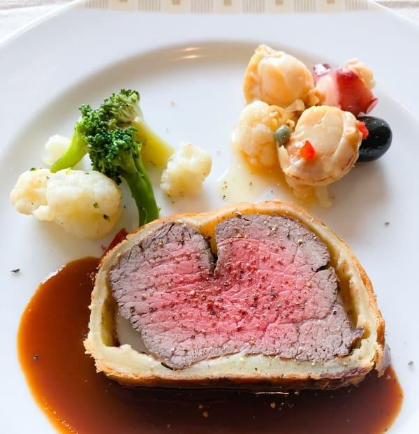 帝国ホテル インペリアルバイキングサール 食べたおかわりのお皿 ブログ