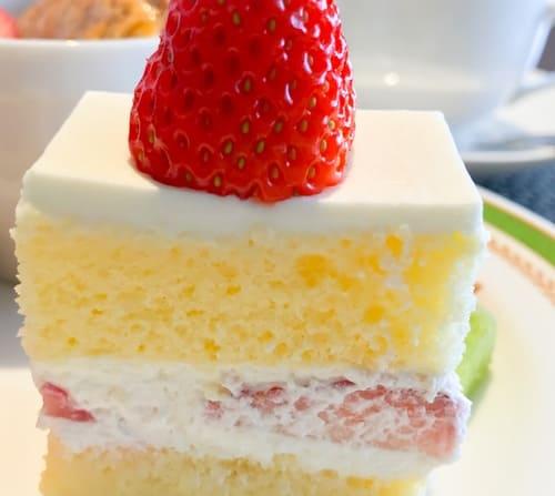 川崎日航ホテル 夜間飛行 スイーツブッフェ いちごのショートケーキ 感想ブログ