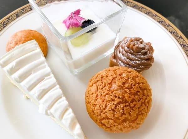 リーガロイヤルホテル東京 スイーツブッフェでおかわりしたお皿 ブログ