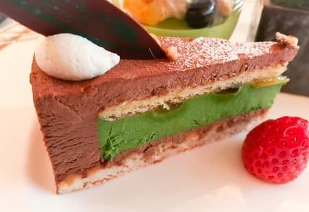 ザ・テラス 抹茶とビターチョコレートムース