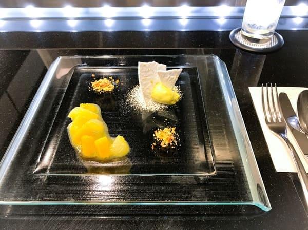 鎧塚俊彦 アシェットデセール デザートメニュー2019年5月前菜
