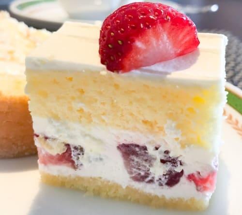 夜間飛行 いちごのショートケーキ 感想ブログ