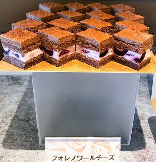川崎日航ホテル スイーツブッフェ 2019年6月 メニュー チーズフォレノワール