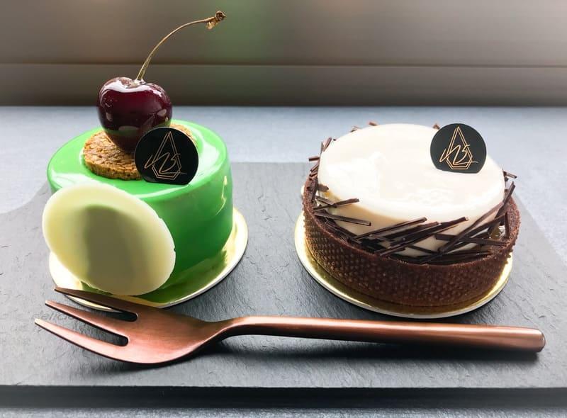 ヌメロサンクパリ 2019年6月の本日のケーキ 左:シシリアン、右:ブンティー 写真口コミ ブログ