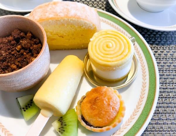【実演】トロピカルロール、マスカルポーネムース、トロピックムース、チーズのムース、ブルーベリータルト