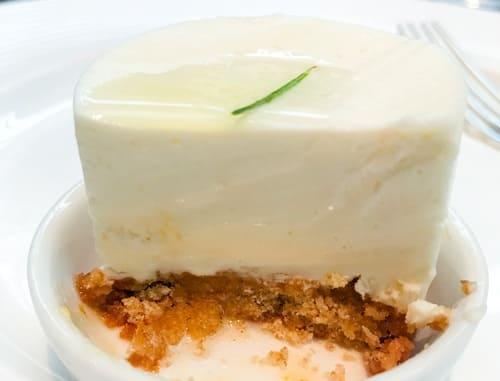ザ・テラス2019年7月 チーズデザートブッフェのハチミツとローズマリーのレアチーズケーキ