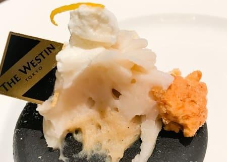 ウェスティンホテル東京 ザ・テラス 2019年8月 柚子風味のモンブラン断面写真