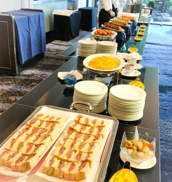 SATSUKI 軽食ブッフェ台