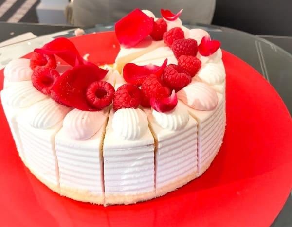 エクストラスーパーイスパハンショートケーキ