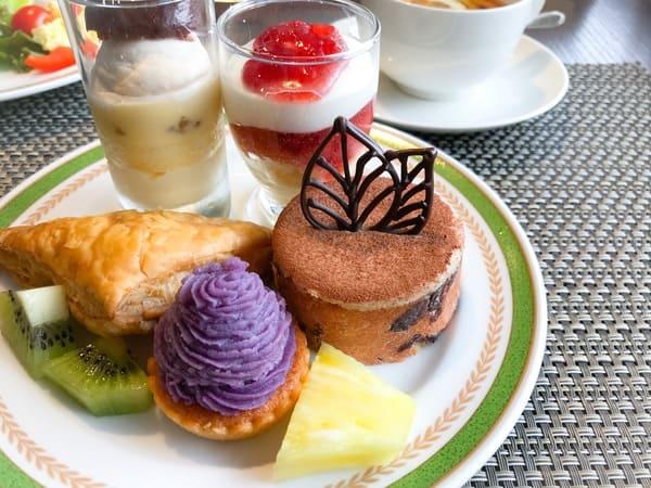 川崎日航ホテル 夜間飛行 2019年9月 スイーツブッフェメニュー マロンのグラス*、グラスショート、さつま芋パイ*、紫芋のモンブラン*、ガトーマロン*