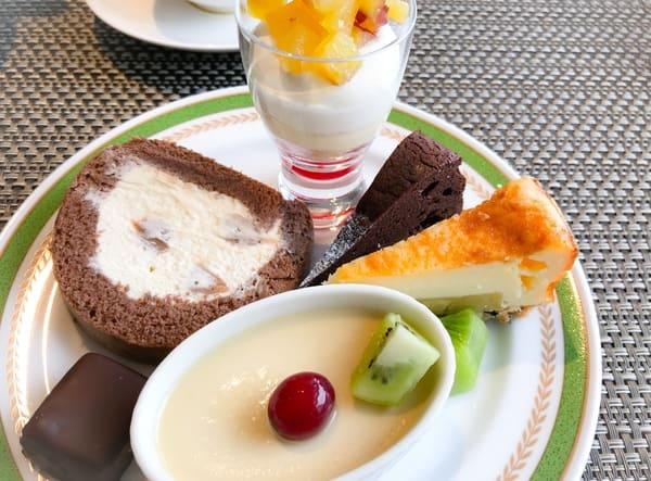 川崎日航ホテル 夜間飛行2019年9月 スイーツブッフェメニュー マロンロール、さつま芋のグラス、クラシックショコラマロン*、焼き芋ベイクドチーズ、プラリネショコラ、栗のプリン