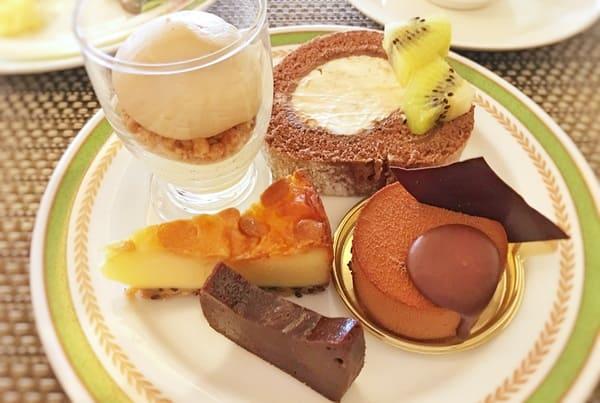 夜間飛行 チョコレートスイーツブッフェ2019年11月 感想 クープオレリス、チョコロール、ベイクドチーズショコラブラン、テリーヌショコラ、ショコラノワールサンドマング