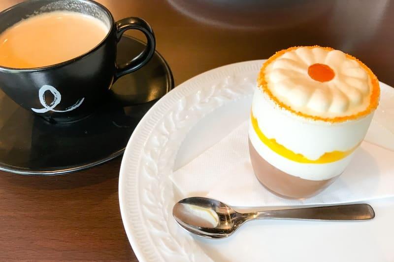 カフェミクニズのババとコーヒー