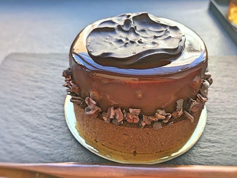 ヌメロサンクパリ 季節のガトー Tarte aux cacao 630円 税抜き