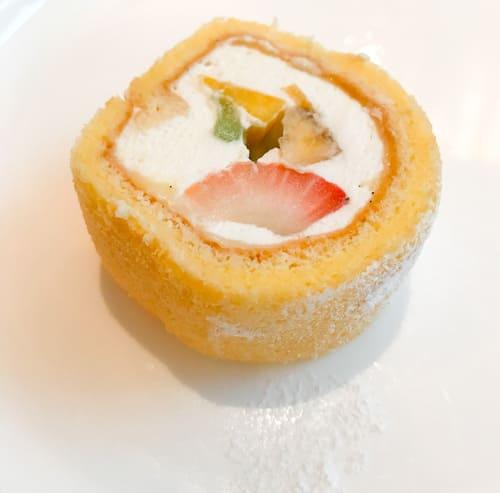 【アトリエ】フルーツロールケーキ