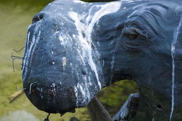 羽村市動物園のカバのオブジェ