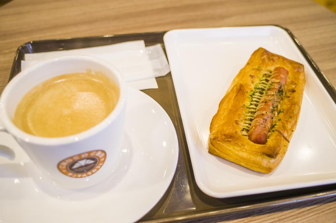 ユニバーサルスタジオジャパンに行く前の朝食をサンマルクで