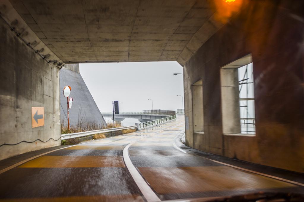静岡県道416号静岡焼津線の大崩海岸のトンネル