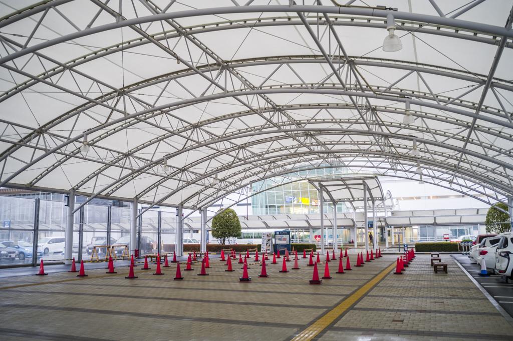 富士山静岡空港の駐車場広場
