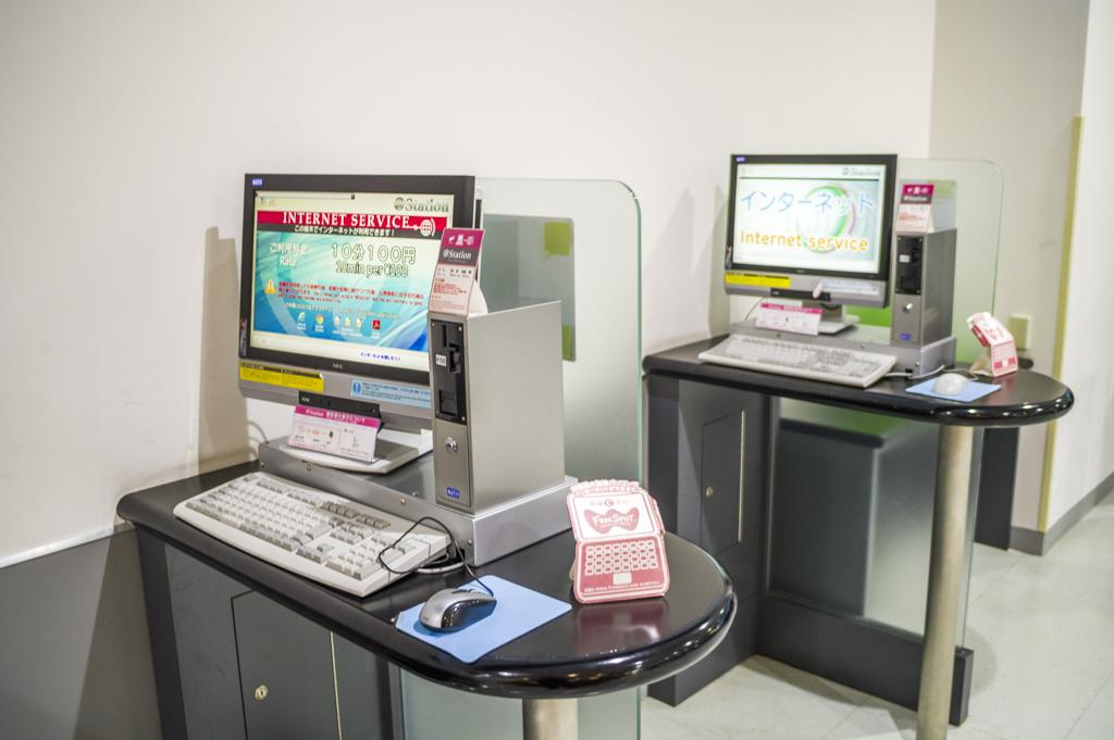 富士山静岡空港のパソコン利用