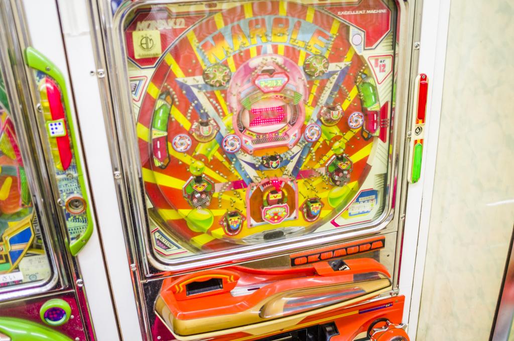 懐かしのデジパチ台マーブルXも現役で遊べる