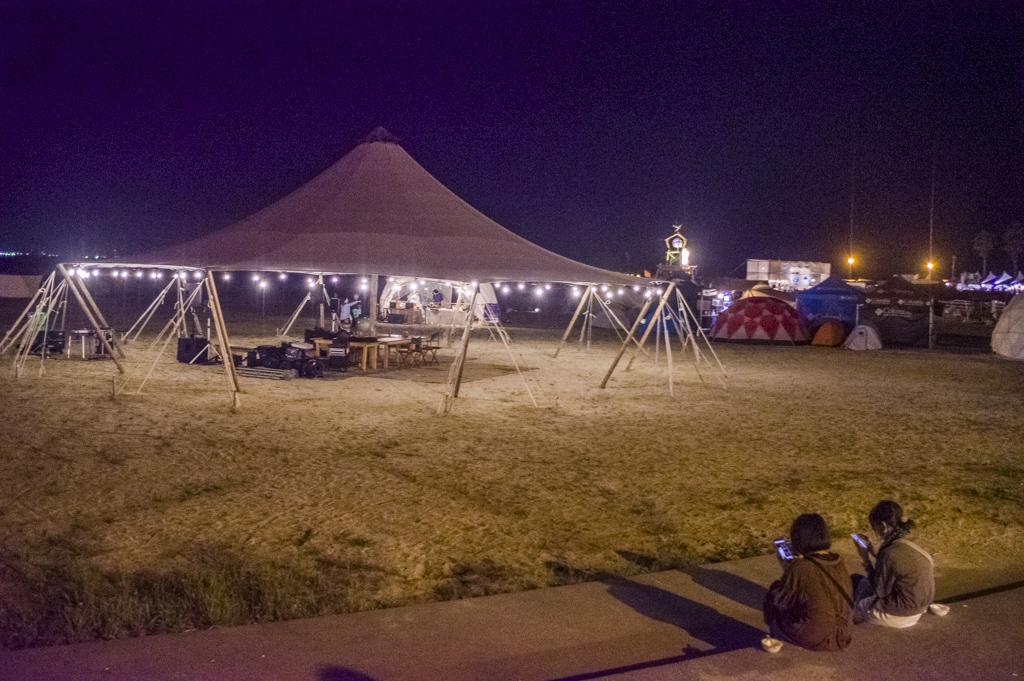 森、道、市場2018夜の砂浜ビーチ風景