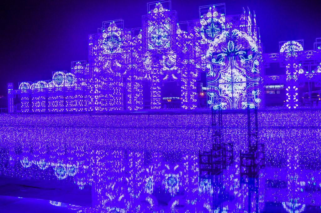 ラグナシアイルミネーション青の宮殿