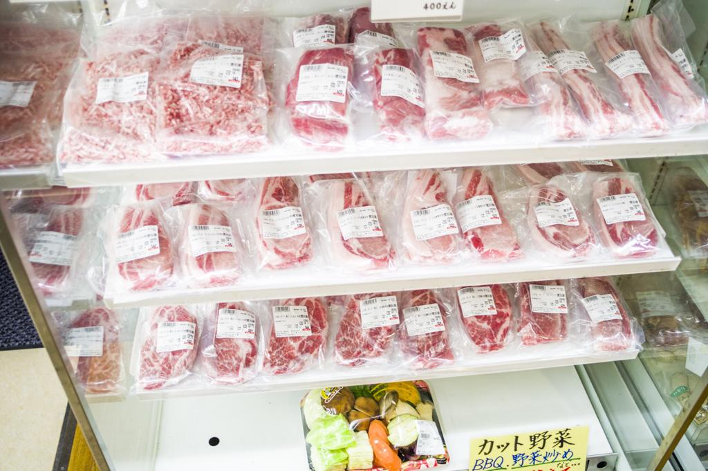 岡ノ山遊ぼっ茶広場は隣接する道の駅で買い足しができる